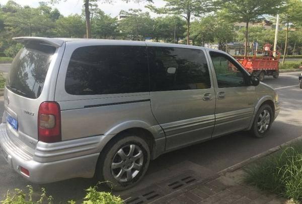 别克GL8 2004款 3.0L LT 豪华版