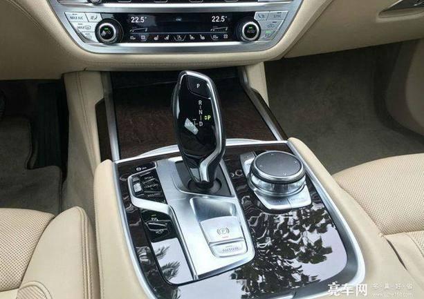 宝马7系 2016款 740Li 豪华型