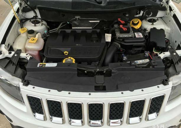 指南者(进口) 2014款  2.0L 两驱豪华版