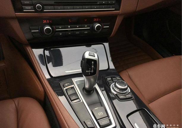 宝马5系(进口) 2013款  520i 典雅型
