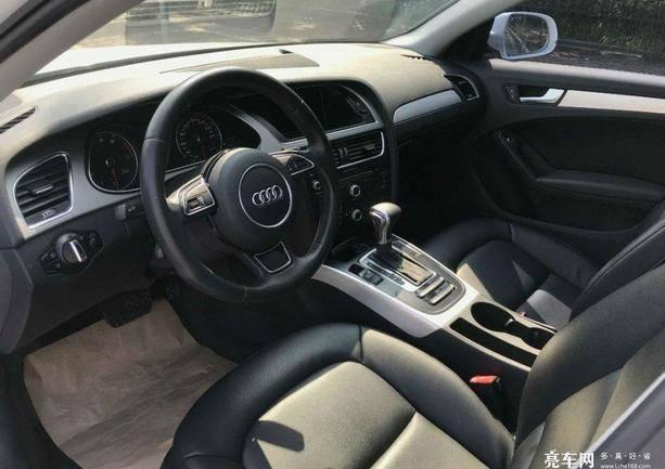奥迪A4L 2013款  35 TFSI 自动舒适型